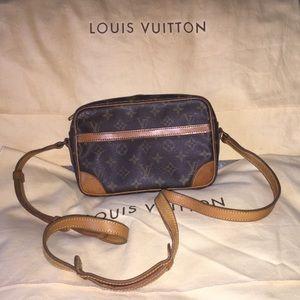 🎉🌞Auth Louis Vuitton Trocadero🌞🎉